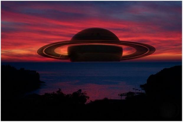 Saturn'e yakından bakalım - Page 1