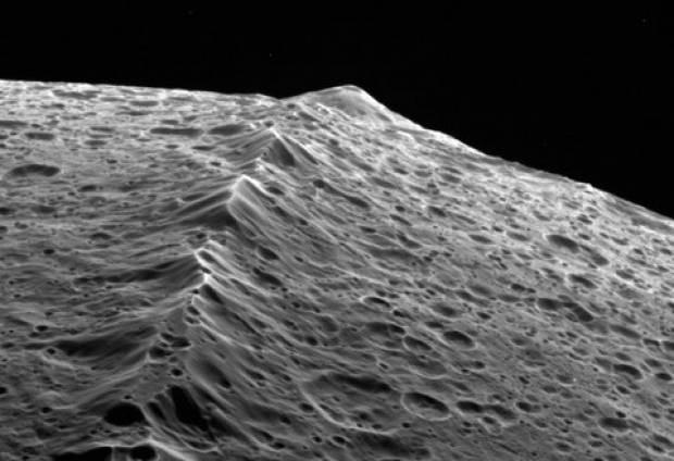 Satürn'ün NASA'dan  şok eden görüntüleri! - Page 1