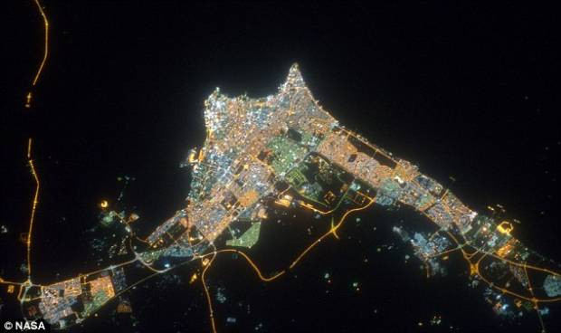 Şehirler 240 kilometre yukarıdan görüntülendi - Page 1