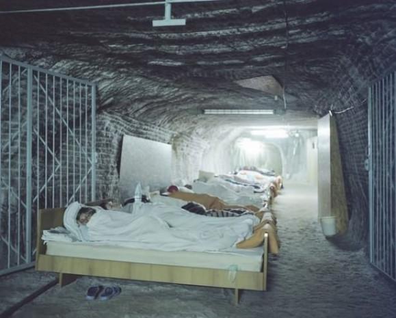 Şifa için yerin 288 metre altına iniyorlar - Page 1