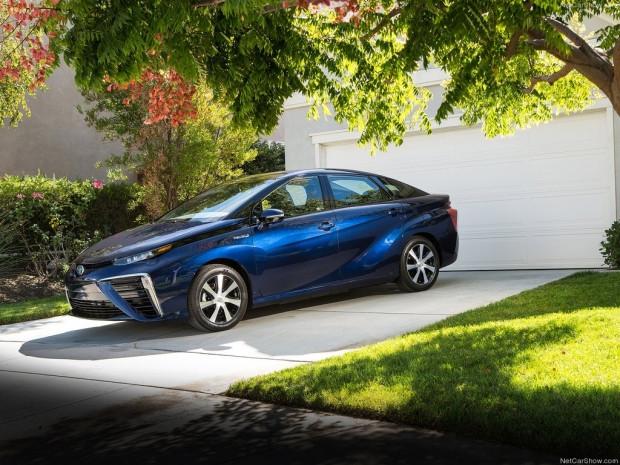 Sıfır emisyonlu yakıt hücreli aracı Toyota Mirai - Page 2