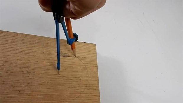 Sişenin içinden tahtayı geçiren adamın sırrı! - Page 1