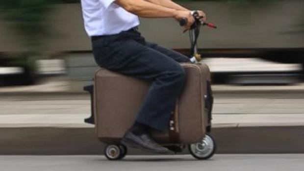 Siz bavulunuzu taşımayın, o sizi taşısın! - Page 4
