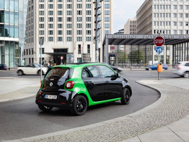 Smart forfour electric drive 2017 - Page 1