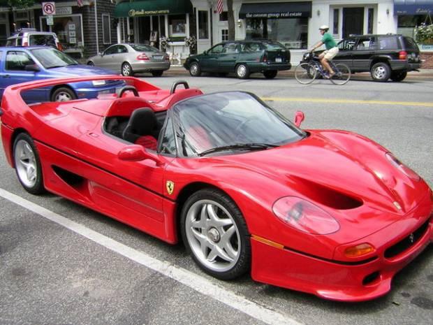 Son 30 yılın en özel Ferrariler - Page 1