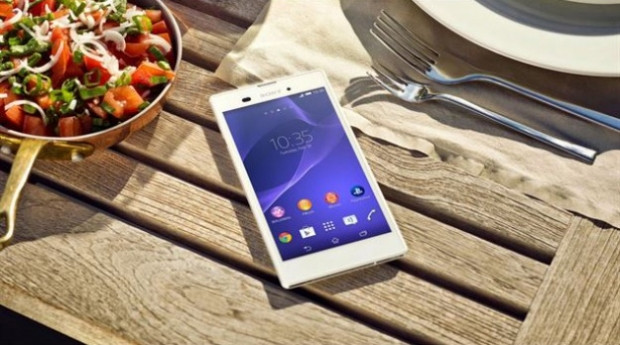 Sony, 5.3 inç ekranlı en ince telefonu T3'ü duyurdu! - Page 1
