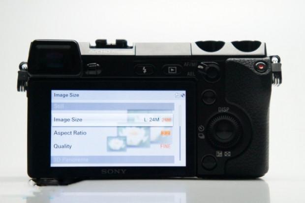 Sony NEX-7'nin kullanıcı arayüzü - Page 2