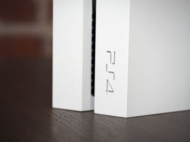 Sony PlayStation 4 Destiny - Page 2