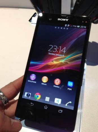 Sony Xperia Z en dayanıklı ve akıllı telefon oldu! - Page 3