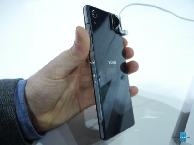 Sony Xperia Z2'den ilk görüntüler geldi! - Page 2