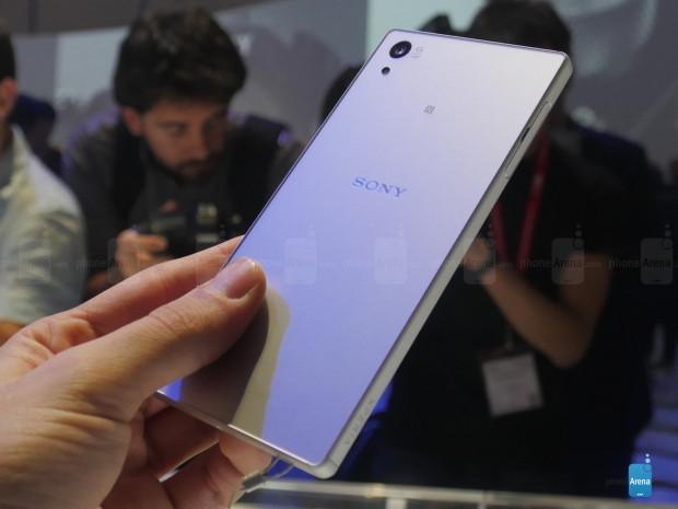 Sony Xperia Z5 akıllı telefonlarının fiyatları ve özellikleri neler? - Page 2