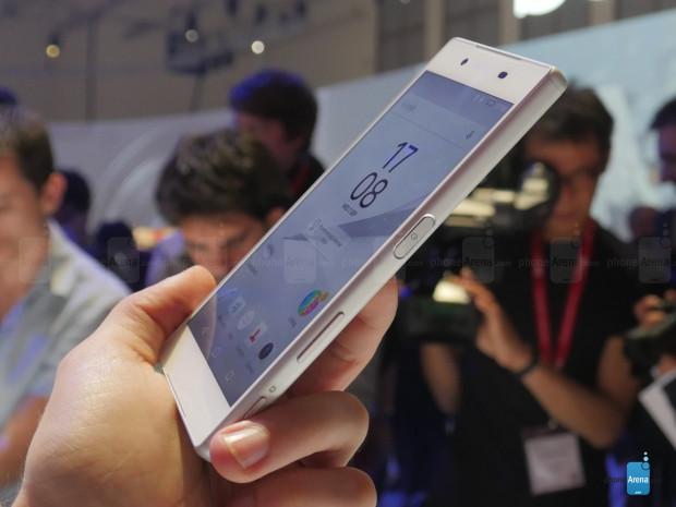 Sony Xperia Z5 akıllı telefonlarının fiyatları ve özellikleri neler? - Page 3