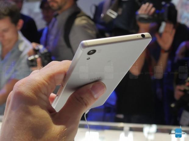 Sony Xperia Z5 akıllı telefonlarının fiyatları ve özellikleri neler? - Page 4