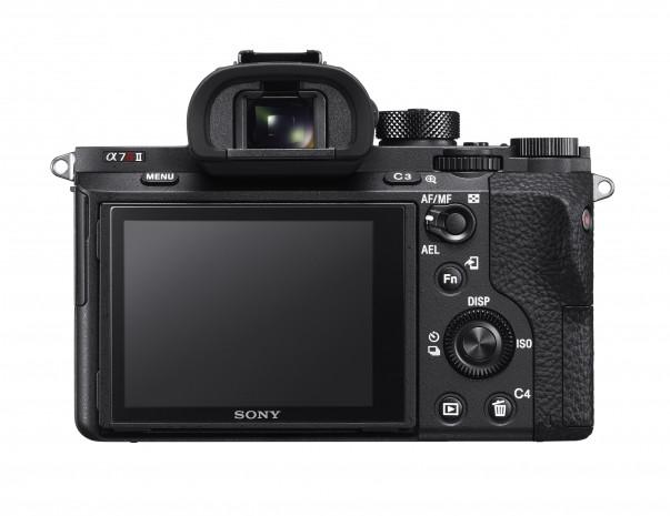 Sony'den iddialı fotoğraf makinesi - Page 1