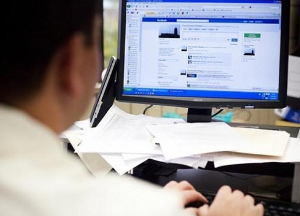 Sosyal medya yüzünden işinizden olmayın! - Page 1