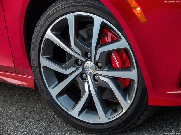Sportif tasarımın modernize edilmiş hali Buick Regal GS  2018 - Page 3