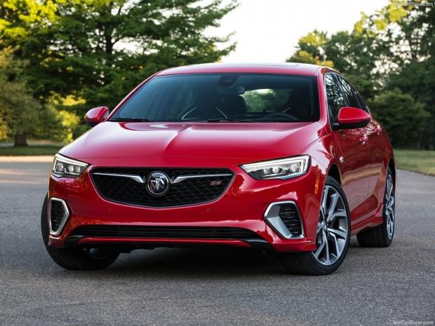 Sportif tasarımın modernize edilmiş hali Buick Regal GS  2018 - Page 4