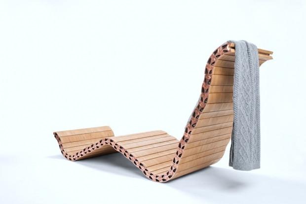 Spyndi sandalyeyi istediğiniz şekle sokabilirsiniz - Page 4