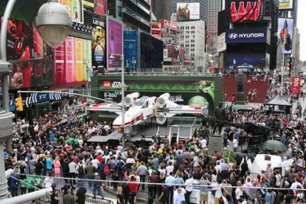 Star Wars için dünyanın en büyük legosu - Page 3