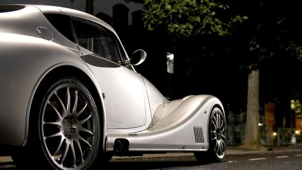 Steampunk: Morgan Aero Coupe - Page 4