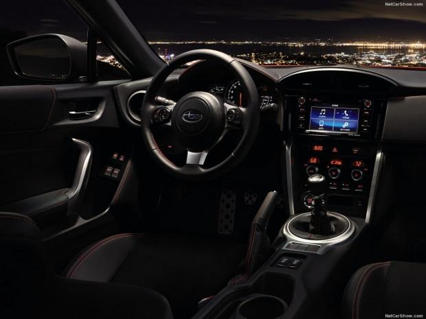 Subaru BRZ güncellendi ve 2017'ye hazır - Page 4