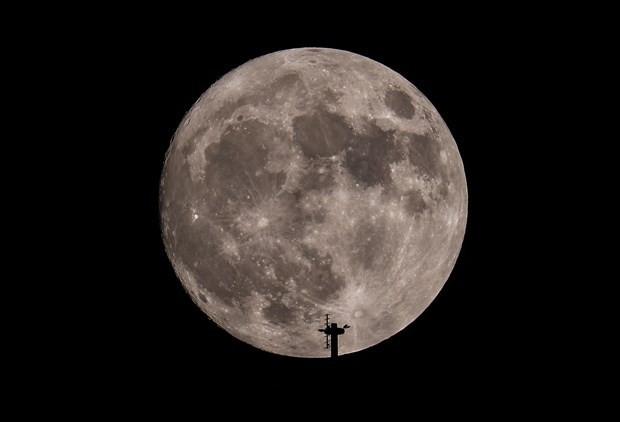Süper Ay'dan ilk görüntüler geldi! Türkiye'de ne zaman görünecek? - Page 1