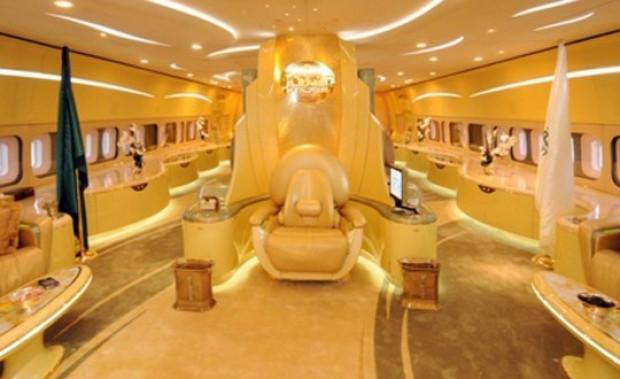 Suudi Prens El Velid bin Telal'ın uçan sarayı! - Page 2