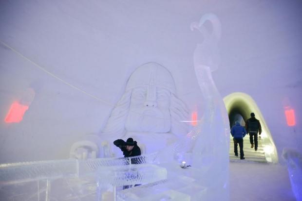 Tamamı buzdan yapılan otel - Page 3