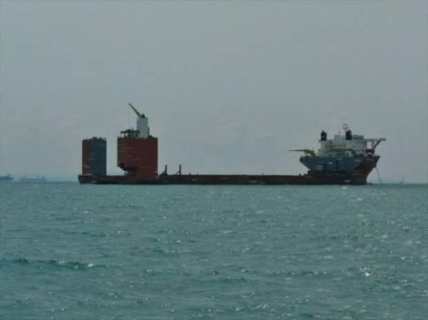 Tek gemiye 22 savaş gemisi sığdırdılar! - Page 4