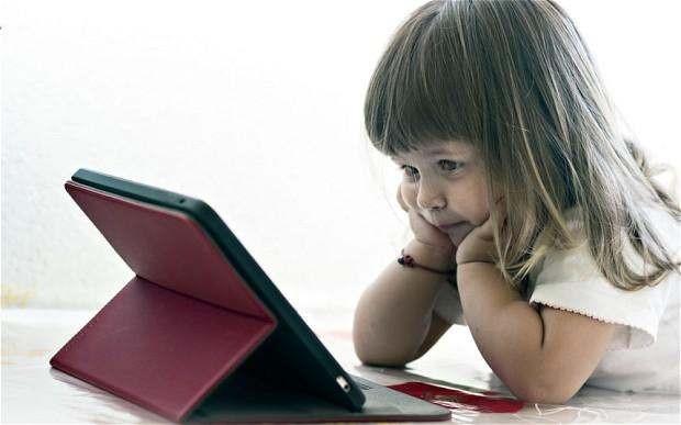 Teknoloji bağımlısı çocuklarla baş etmenin 10 altın kuralı! - Page 1