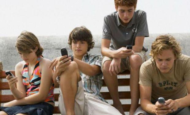 Teknolojinin gençler üzerindeki etkisi - Page 3