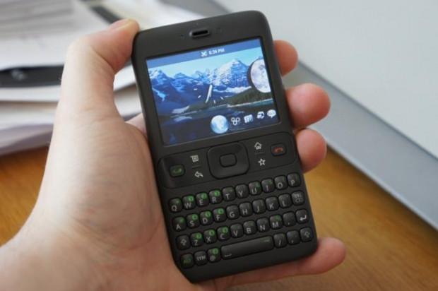 Teknolojinin hızına yetişemeyip klavyeli telefonda kalanlardan mısınız? - Page 1