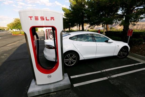 Tesla dünyanın en büyük lityum iyon pilini yaptı! - Page 3