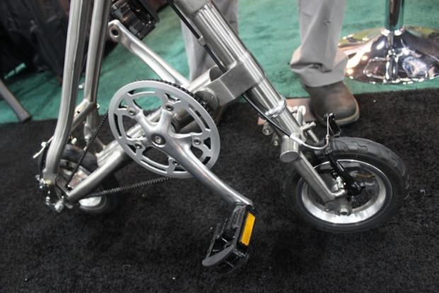 Titanyumdan yapılan bisiklet Burke 8 - Page 1