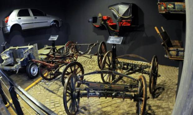 Tofaş Anadolu arabaları Müzesini mutlaka görmelisiniz! - Page 3