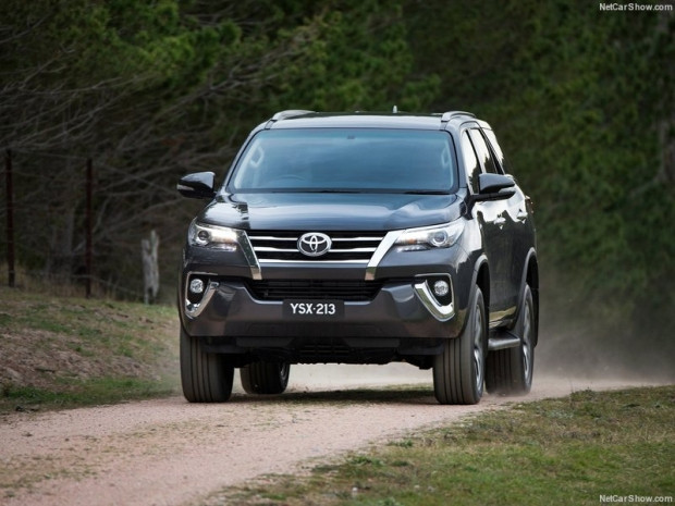 Toyota Fortuner (2016) - Page 2