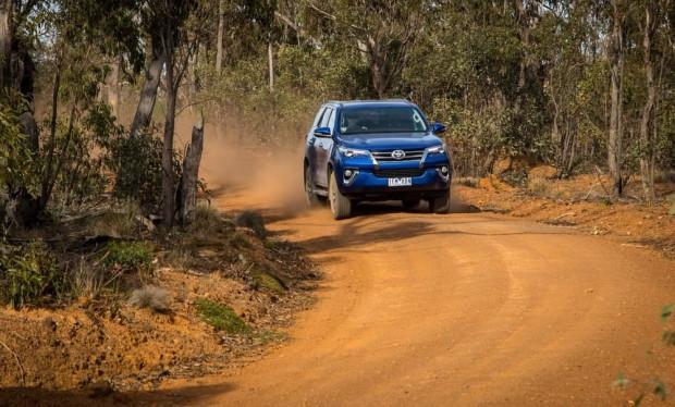 Toyota Fortuner roader arazide test edildi - Page 4
