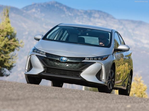 Toyota Prius Prime 2017 tanıtıldı - Page 2