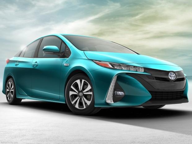Toyota Prius Prime 2017 tanıtıldı - Page 4