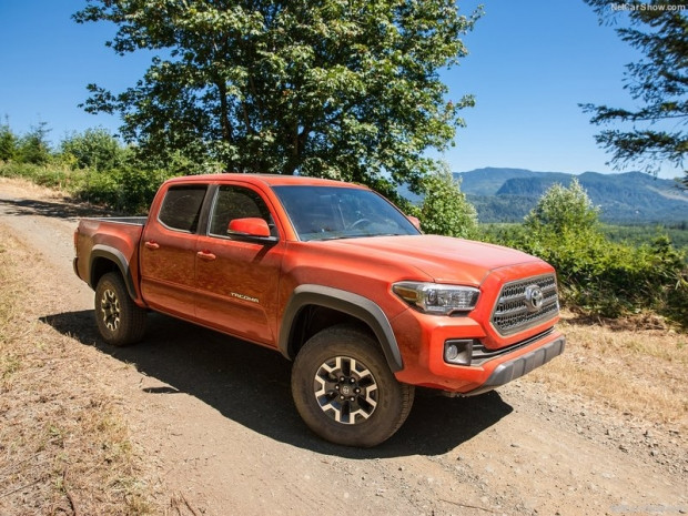 Toyota Tacoma TRD Off-Road (2016) - Page 4