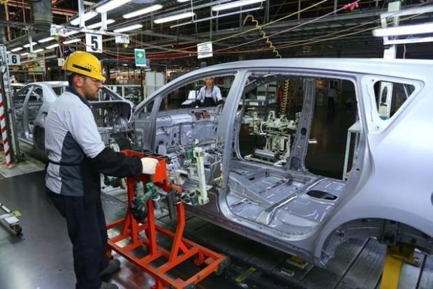 Toyota Türkiye fabrikasında 105 saniyede bir araç yapılıyor - Page 3