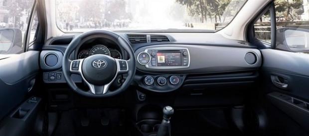 Toyota'nın ekonomi canavarı Toyota Yaris 6 - Page 2