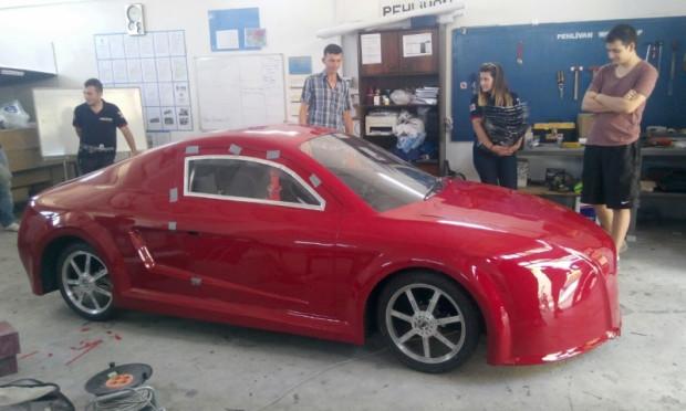 Trakyalı öğrencilerin elektrikli otomobili ödül aldı - Page 3