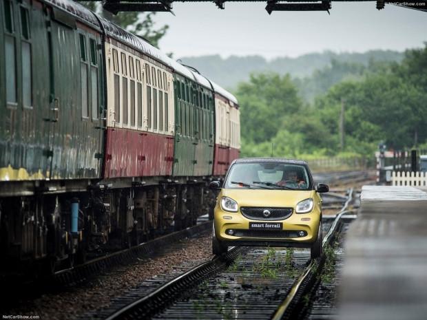 Tren raylarında gidebilen otomobil ''Forrail'' - Page 3