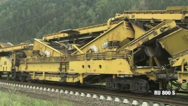 Tren raylarının nasıl döşendiğini hiç merak ettiniz mi? - Page 4