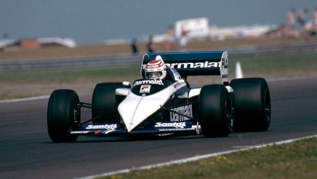 Tüm zamanların en iyi F1 araçları! - Page 3