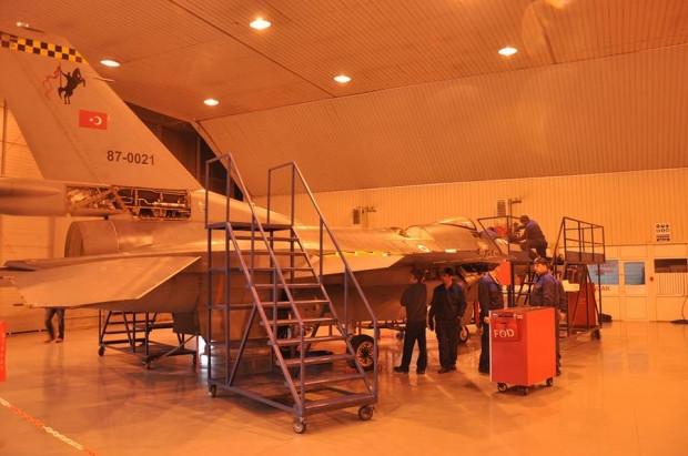Türk Hava Kuvvetleri'nin envanterinde bulunan uçaklar - Page 4