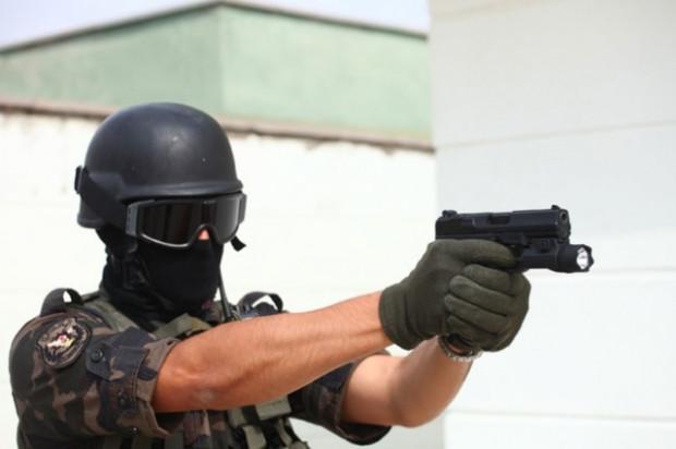 Türk polisinin silahları böyle yapılıyor! - Page 3