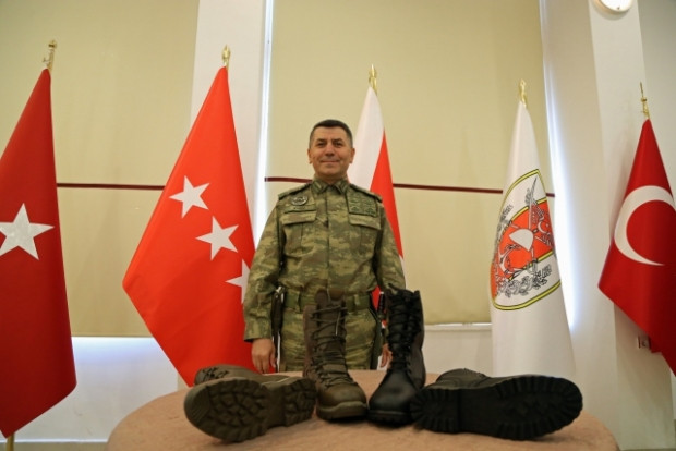 Türk Silahlı Kuvvetleri Yeni teçhizatlarını tanıttılar - Page 2