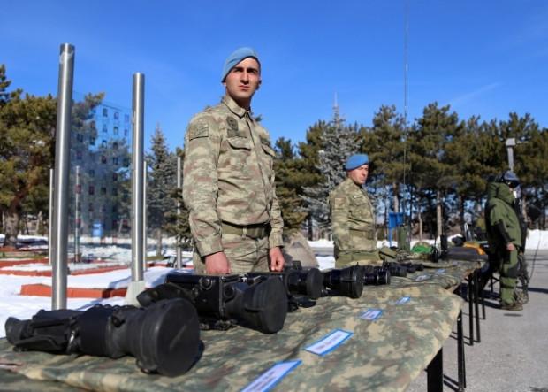 Türk Silahlı Kuvvetleri Yeni teçhizatlarını tanıttılar - Page 3